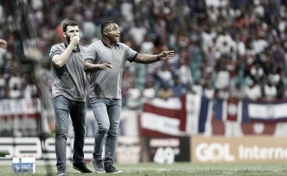 """Após vitória, Roger enaltece desempenho do Bahia: """"Grande jogo"""""""
