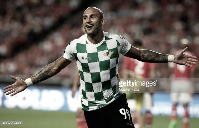 Oficial: Rafael Martins reforça ataque do Guimarães