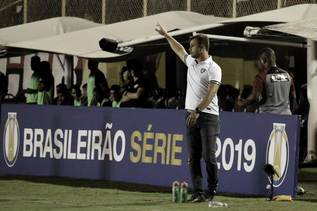 Atuação do América-MG agrada a Felipe Conceição, que se mostra otimista mesmo com empate