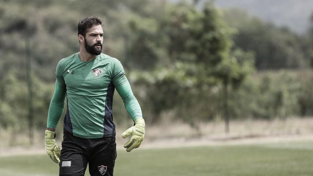 Com dores musculares, Muriel desfalca Fluminense no clássico diante do Vasco