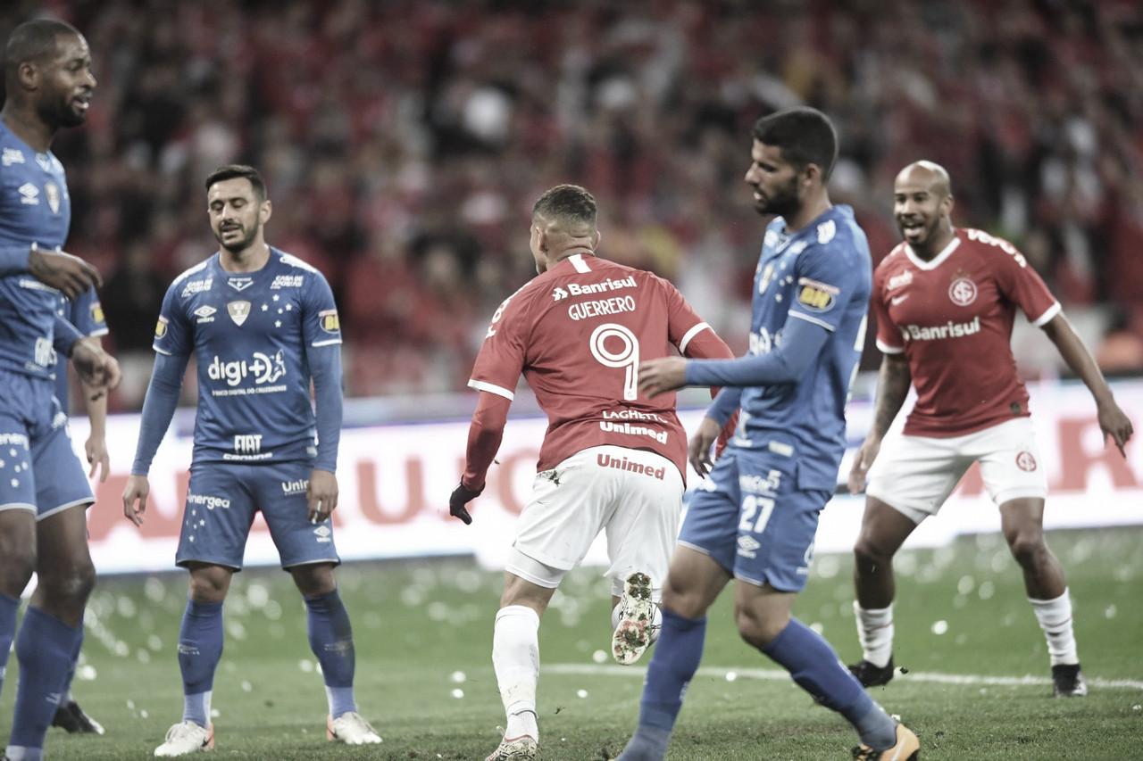 Crônica: a bola não pune o Cruzeiro, ela premia
