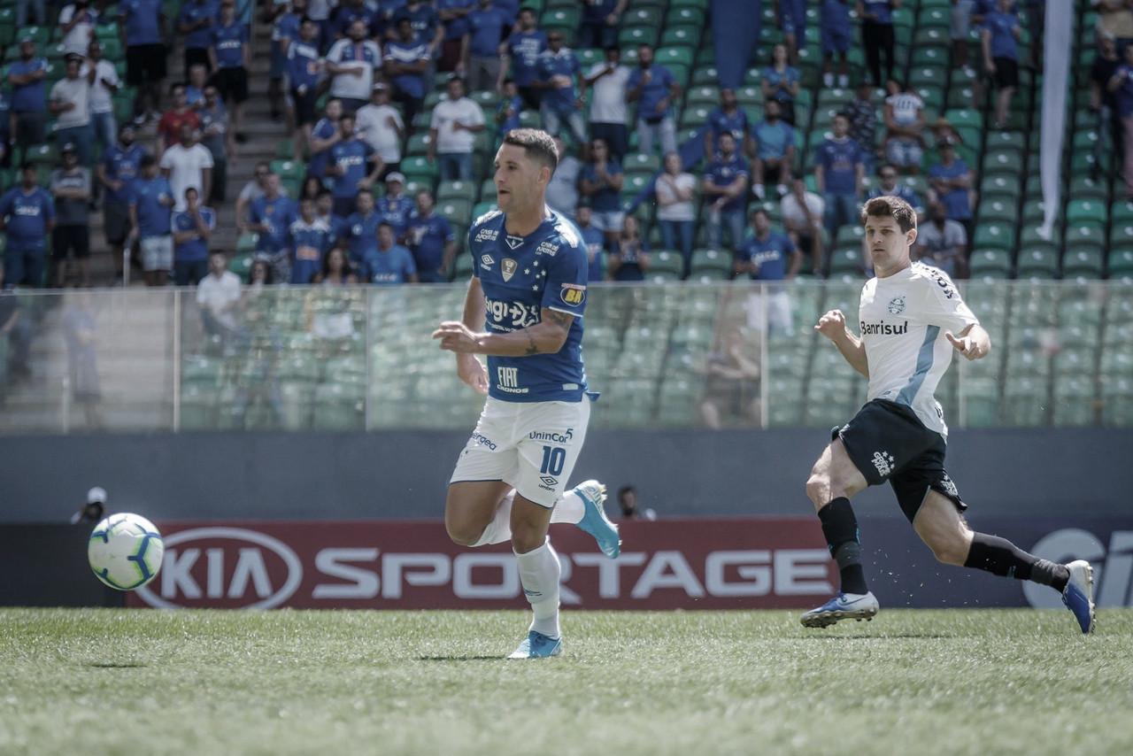 Pelo Instagram, Thiago Neves nega informação sobre ausência na partida contra Palmeiras