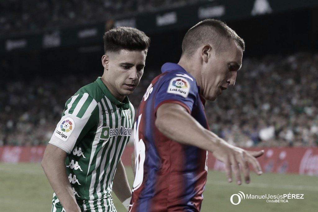 """Álex Moreno sobre su fichaje por el Betis: """"Por muchos equipos que llamaran, tenía en mente venir"""""""