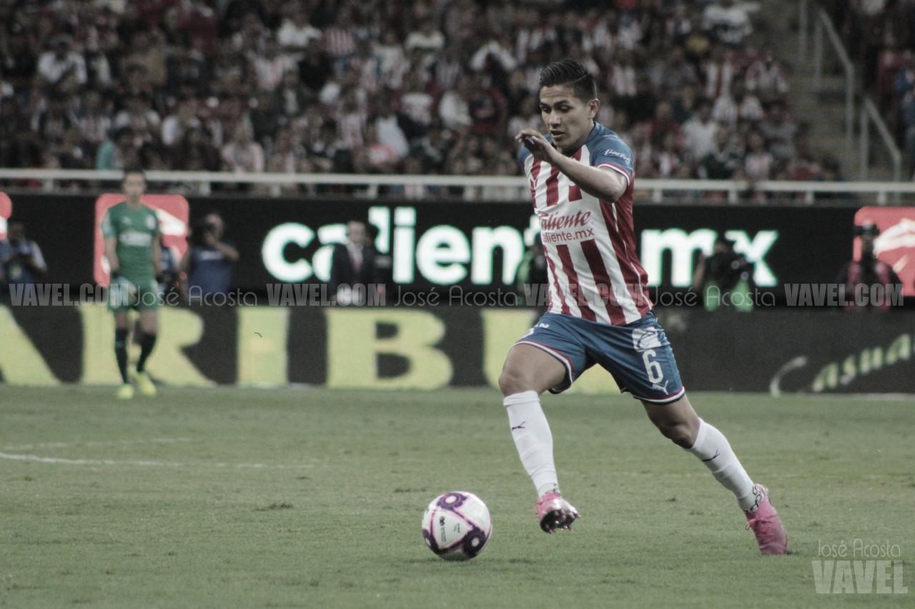 Dieter Villalpando separado de Chivas indefinidamente