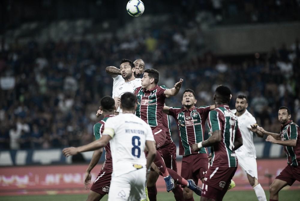 Em jogo polêmico, Cruzeiro e Fluminense ficam no empate sem gols no Mineirão