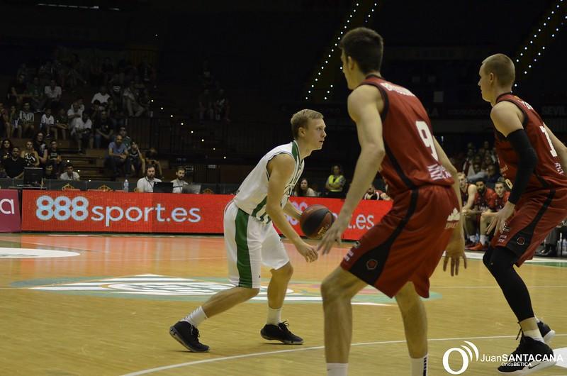 Casademont Zaragoza se prepara para el regreso de la competición liguera