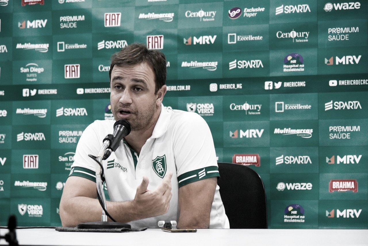 """Felipe Conceição ressalta recuperação rápida do América-MG: """"Voltamos a ter identidade"""""""