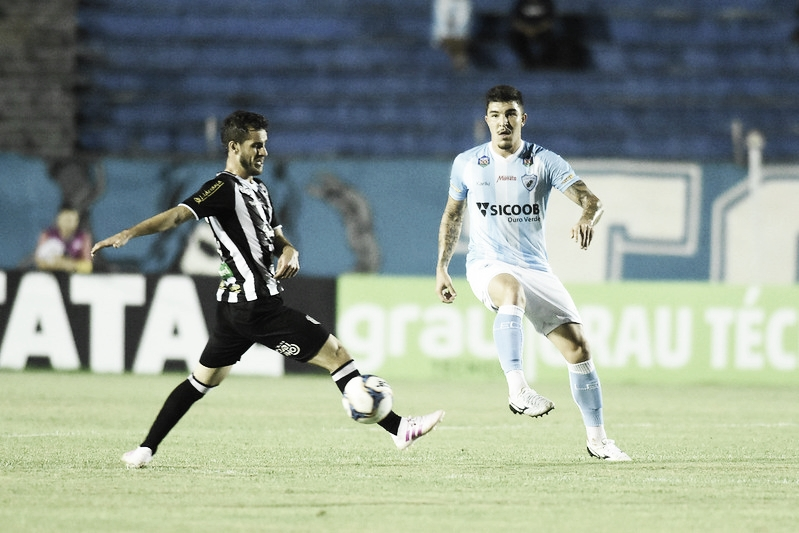 Londrina fica no empate sem gols com Figueirense e segue próximo do Z-4