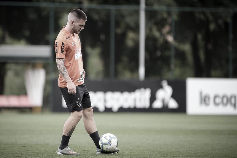 Atlético-MG anuncia compra dos direitos econômicos de Nathan junto ao Chelsea