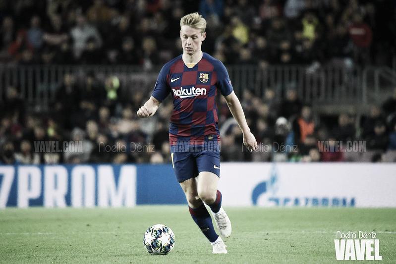 """De Jong: """"Si pitas el primer penalti, también hay que pitar el de Piqué"""""""