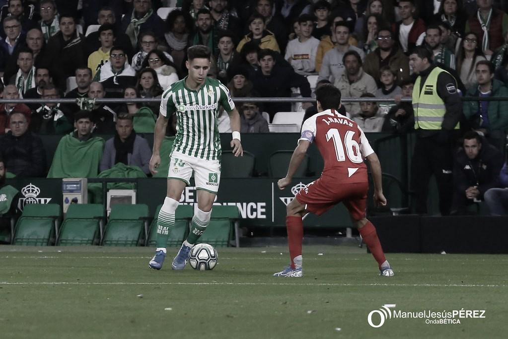 Álex Moreno, por segunda semana consecutiva, llama la atención de Maldini