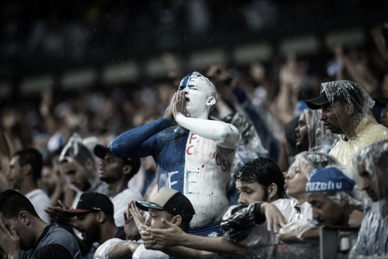 Crônica: a tese 'o cruzeirense só acompanha o time nos momentos bons' foi enterrada