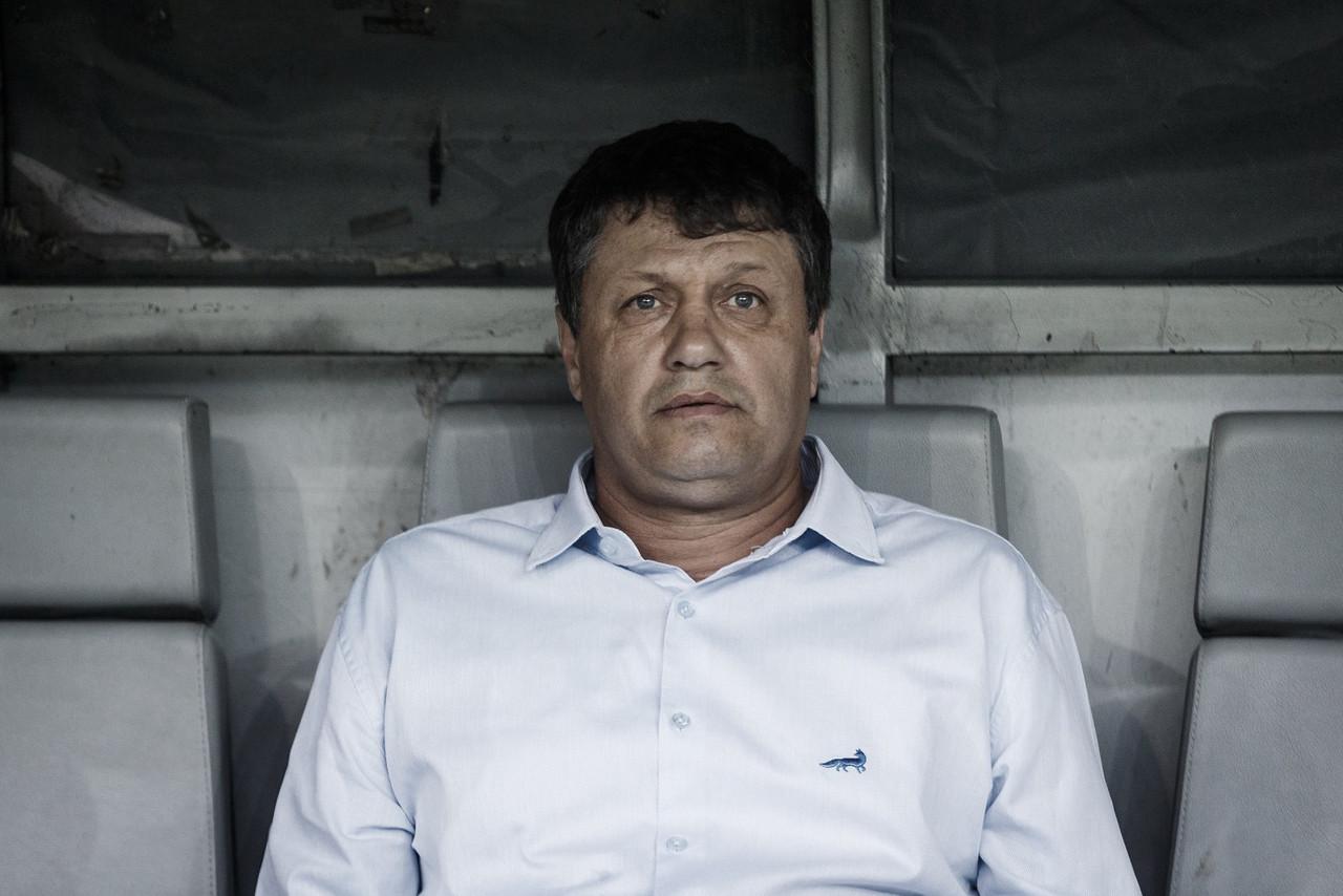 """Perrella e Adílson lamentam queda do Cruzeiro, mas apelam: """"Não podemos abandonar"""""""
