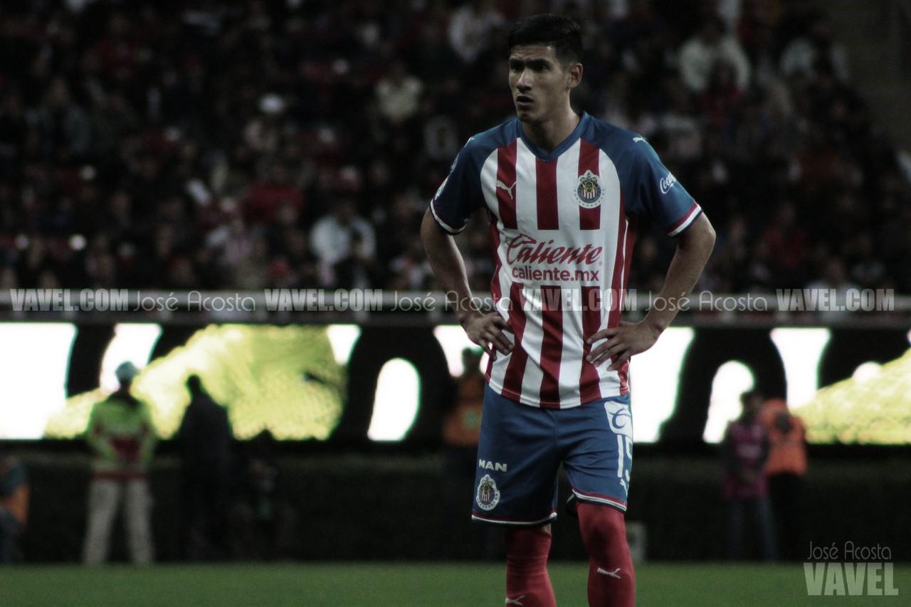 Uriel Antuna es otro de los positivos a COVID-19 en Chivas
