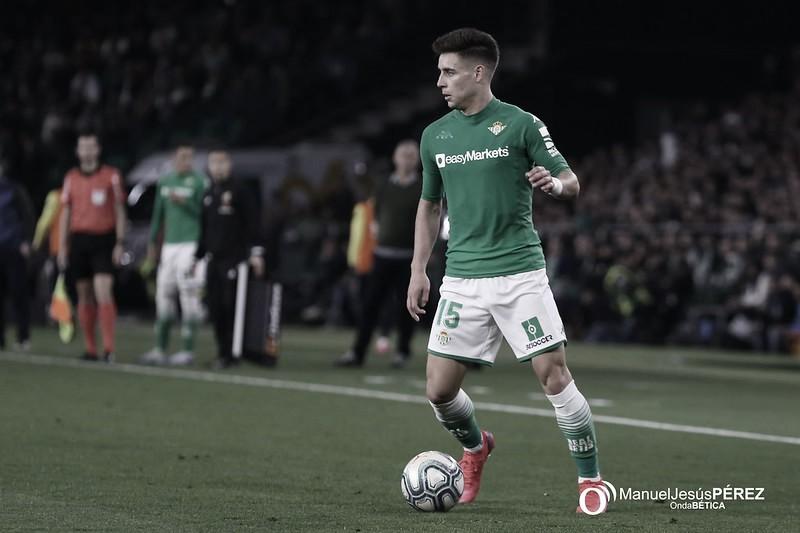 Álex Moreno, entre los más regateadores de la jornada 8 de Liga