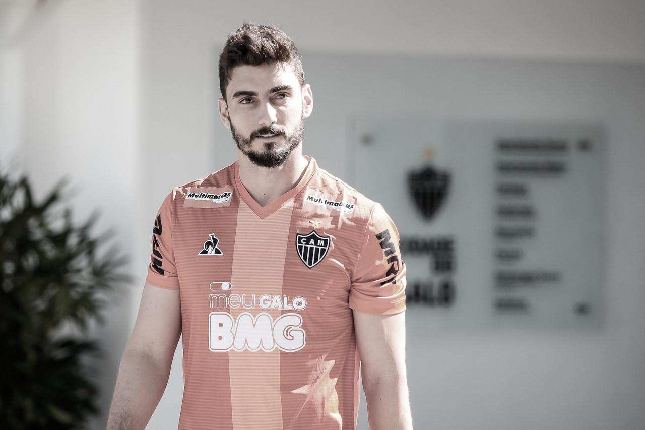 Reforço do Atlético-MG, Rafael apaga fotos em que envolvia o Cruzeiro no Instagram