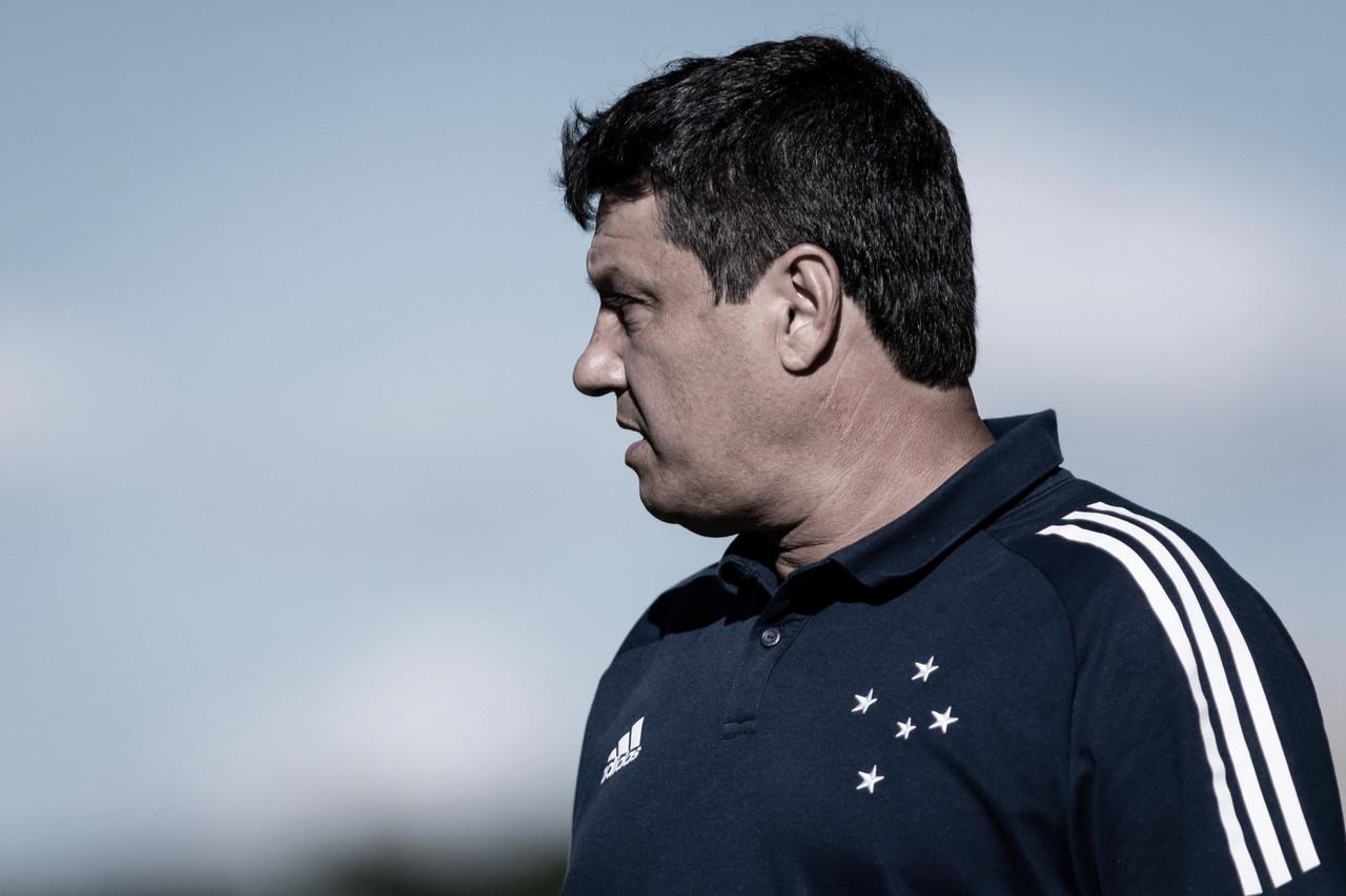 Somatória de problemas causa demissão de Adilson Batista no Cruzeiro