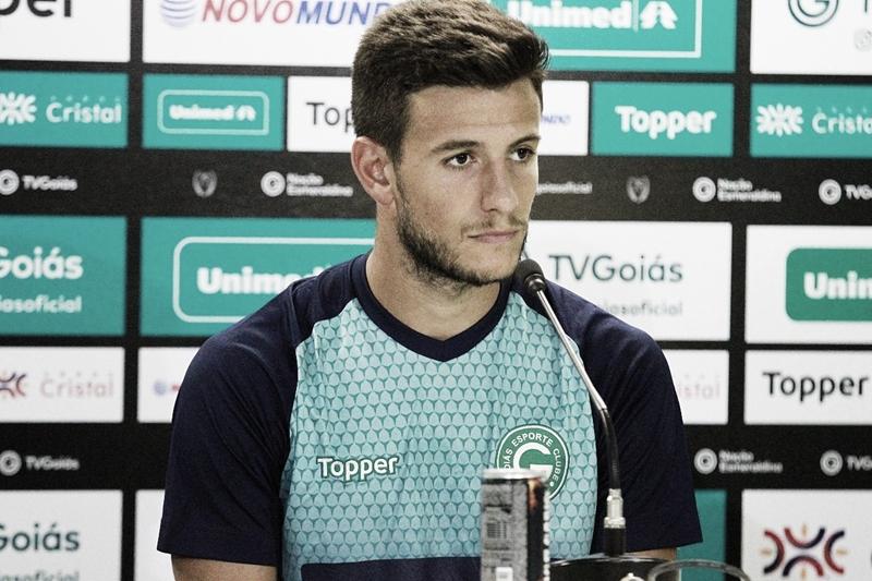 Sport anuncia contratação de Leandro Barcia, ex-Goiás