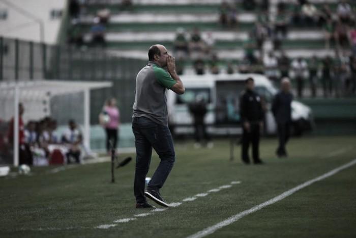 Após sequência negativa, Chapecoense anuncia a demissão de Eutrópio