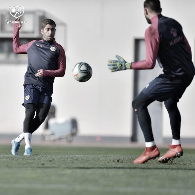 Nueva sesión a puerta cerrada de cara al partido en Huesca