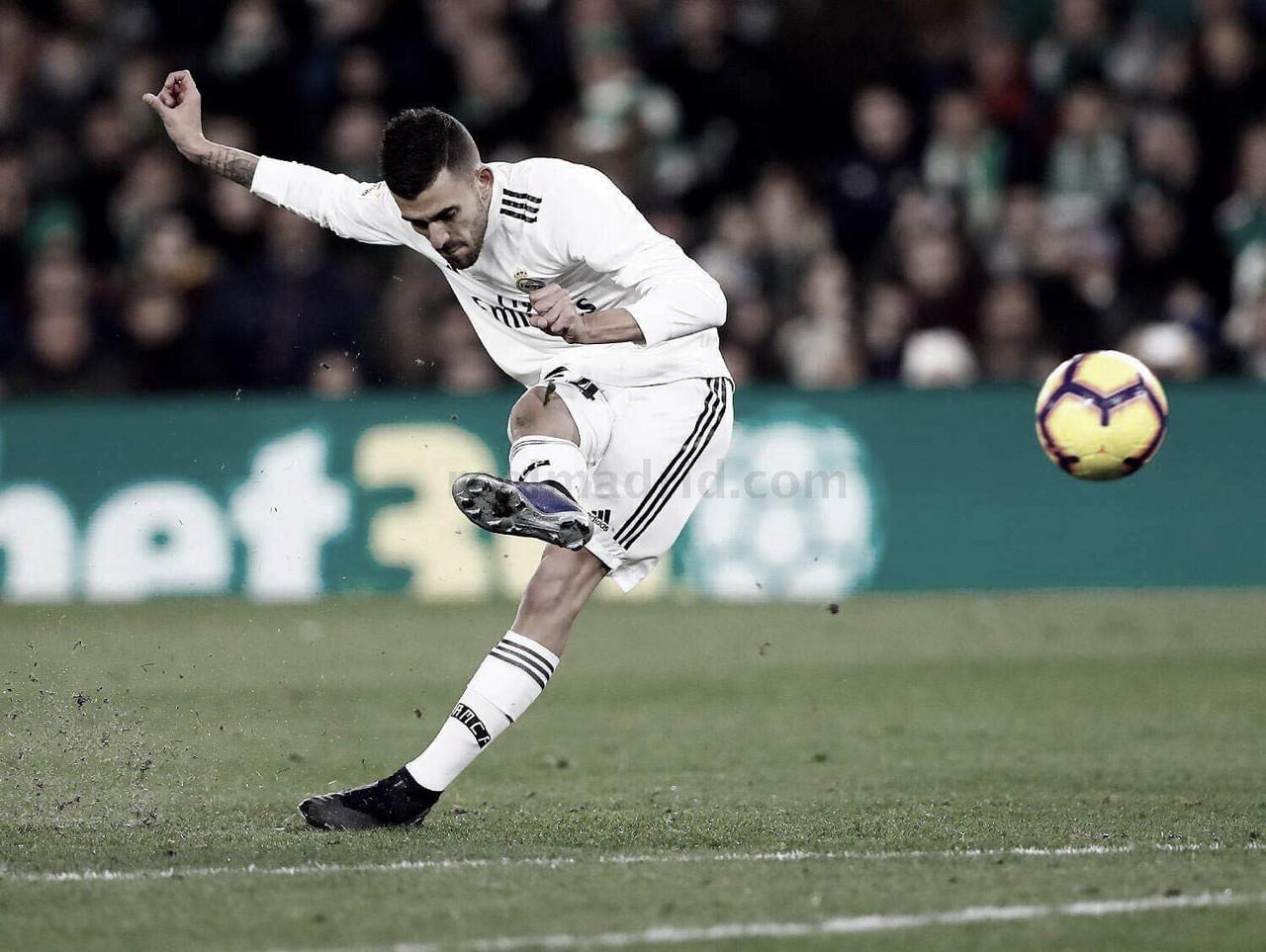 Y 273 días después: Ceballos volvía a hacer un gol de falta para el Real Madrid