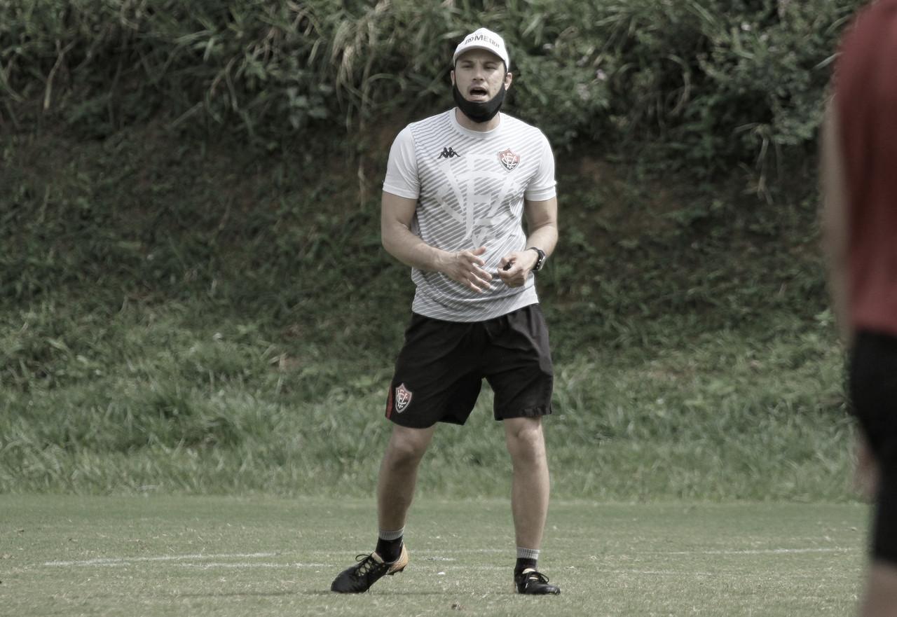Bruno Pivetti lamenta empate com Figueirense, mas espera dias melhores para o Vitória
