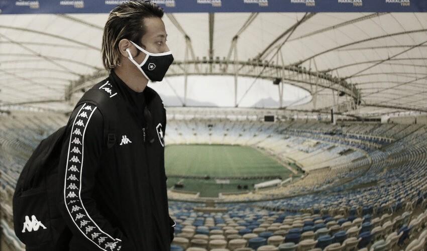 """Honda deixa Botafogo antes do esperado e pede desculpas à torcida: """"Sinto muito"""""""