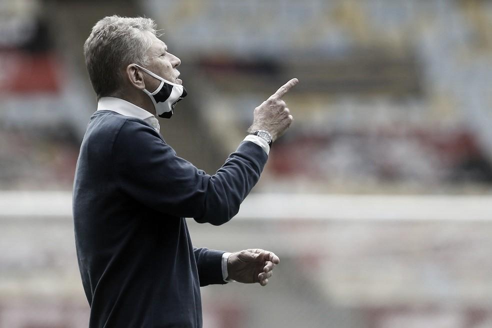 """Autuori questiona conjuntura do futebol brasileiro: """"Chega um momento que cansa"""""""