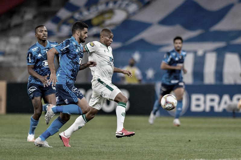 Cruzeiro e Coelho no confronto do 1° turno (Foto: Mourão Panda/América-MG)