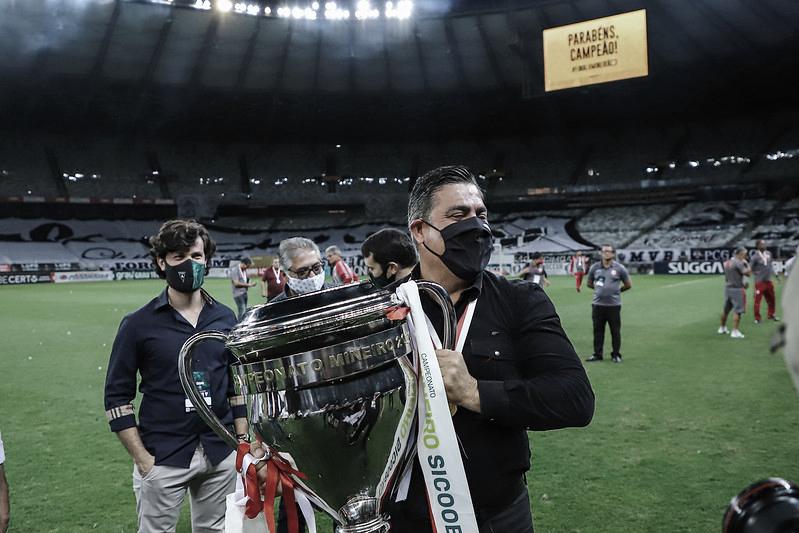 Presidente do Atlético-MG, Sette Câmara é favorável ao retorno da torcida aos estádios