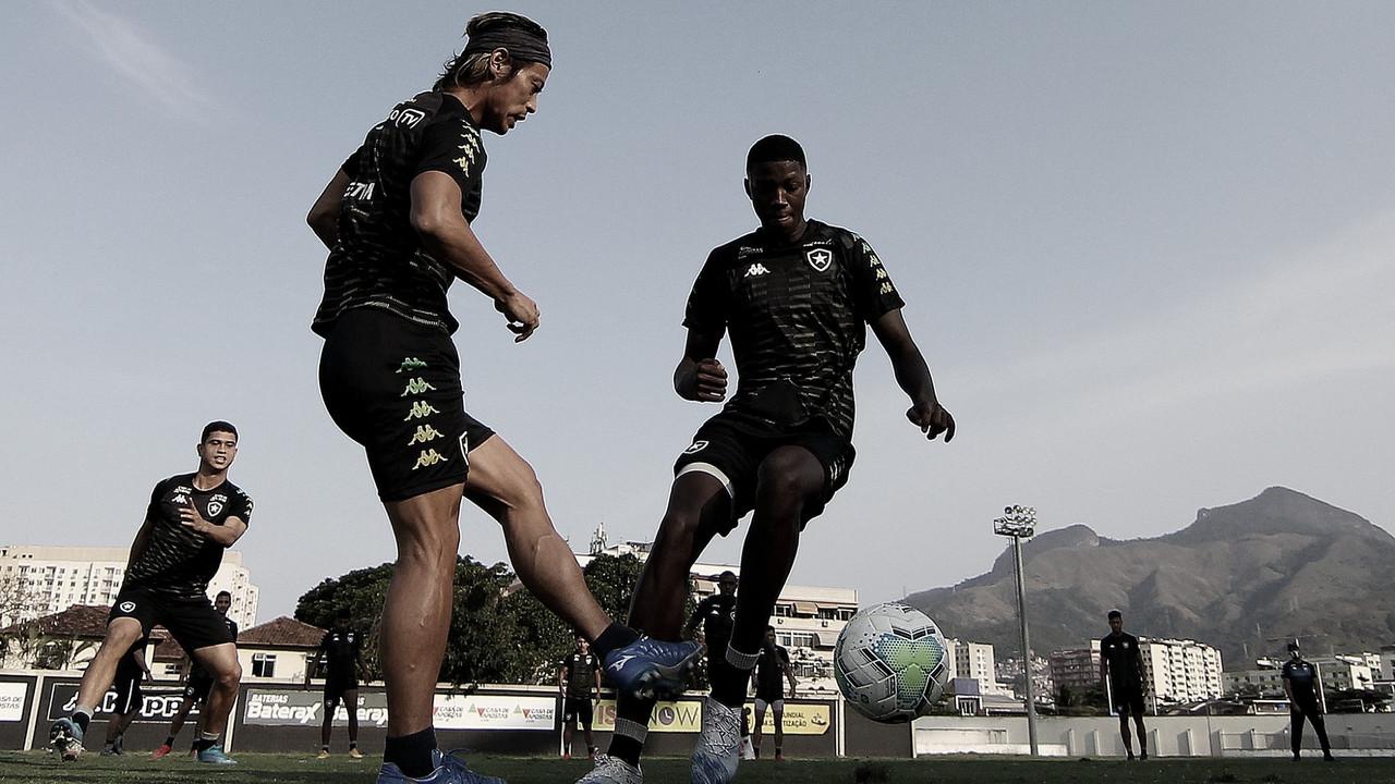 Duelo dos desesperados: Botafogo e Bahia medem forças no Rio para fugir do Z-4