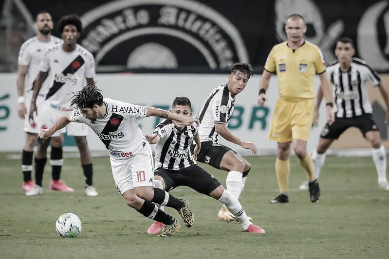 Galo e Cruzmaltino, no Mineirão (Foto: Bruno Cantini/Atlético-MG)