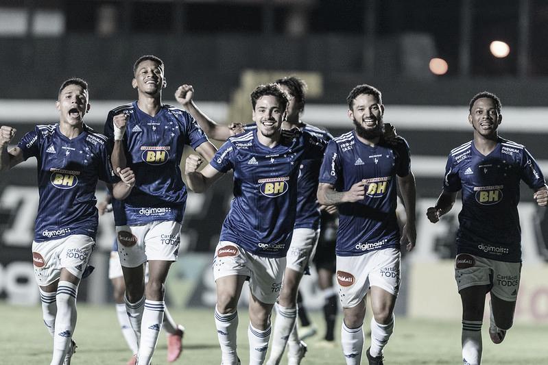 Jogadores comemoram o único gol do jogo (Foto: Gustavo Aleixo/Cruzeiro)