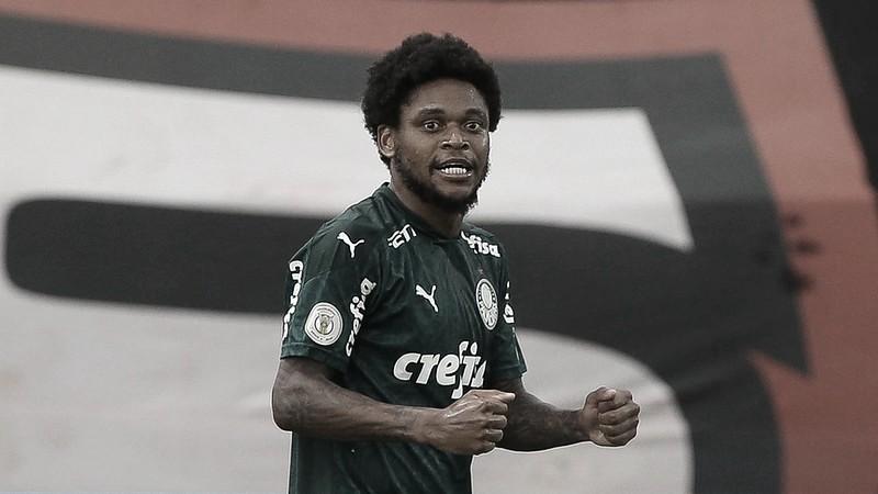 """Luiz Adriano comemora fim de seca de gols: """"Segui trabalhando para poder marcar"""""""