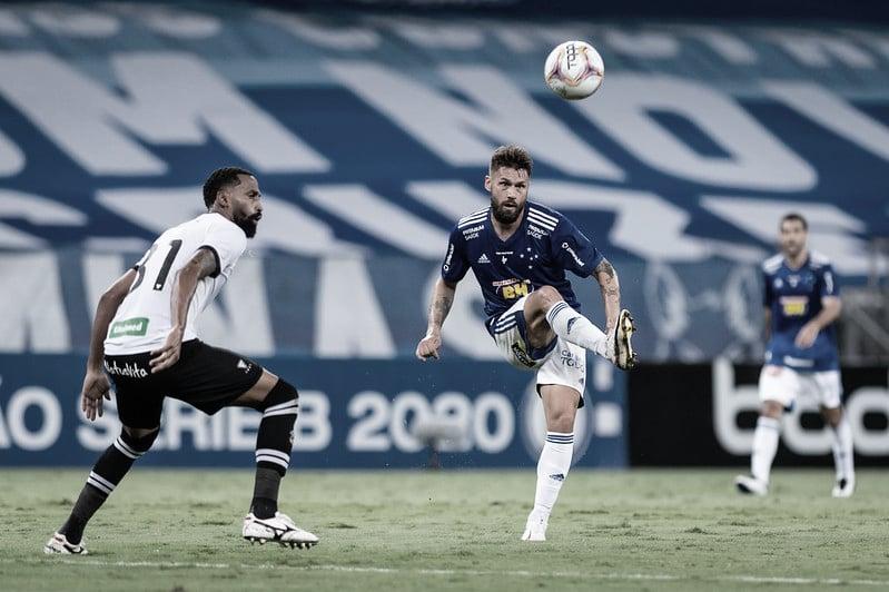 Em jogo de golaços, Cruzeiro e Figueirense empatam no Mineirão
