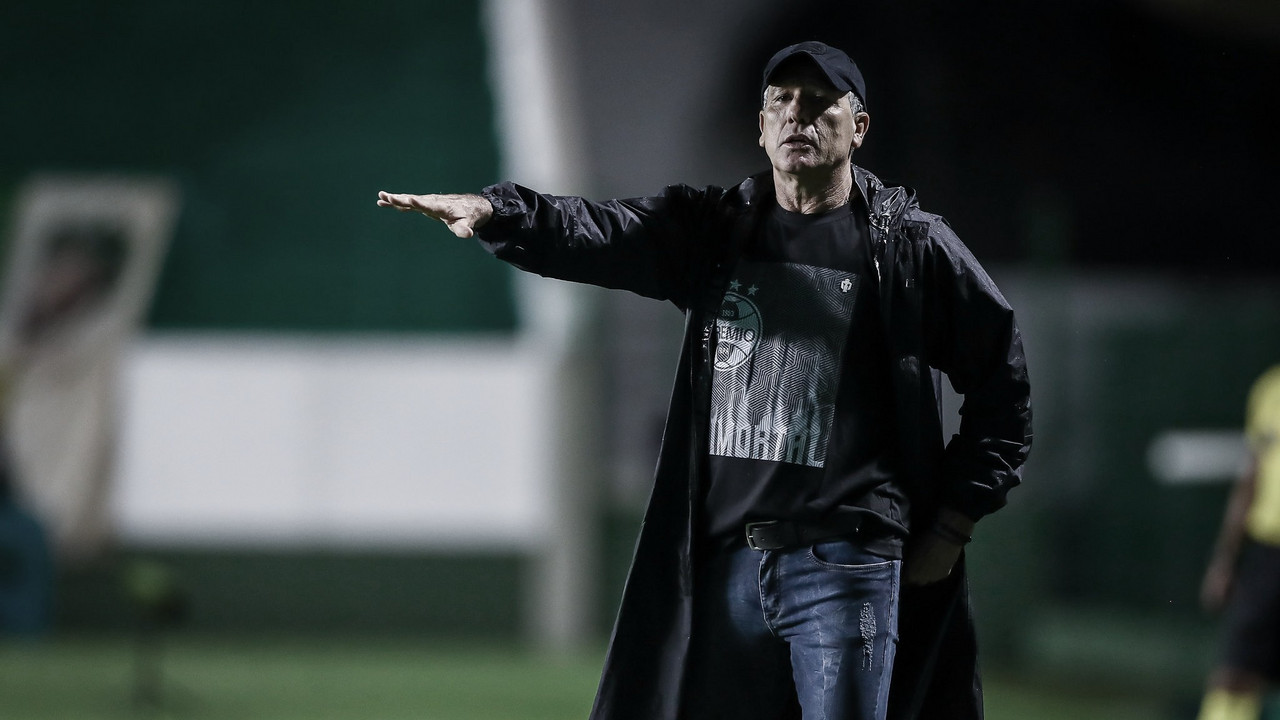 Mesmo ao empatar com lanterna Goiás, Renato Gaúcho aprova atuação do Grêmio
