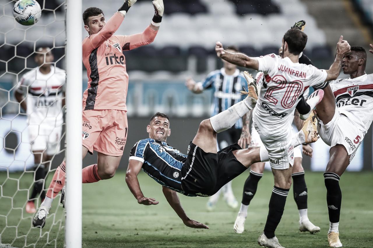 Com gol de Diego Souza, Grêmio vence São Paulo e sai em vantagem na Copa do Brasil