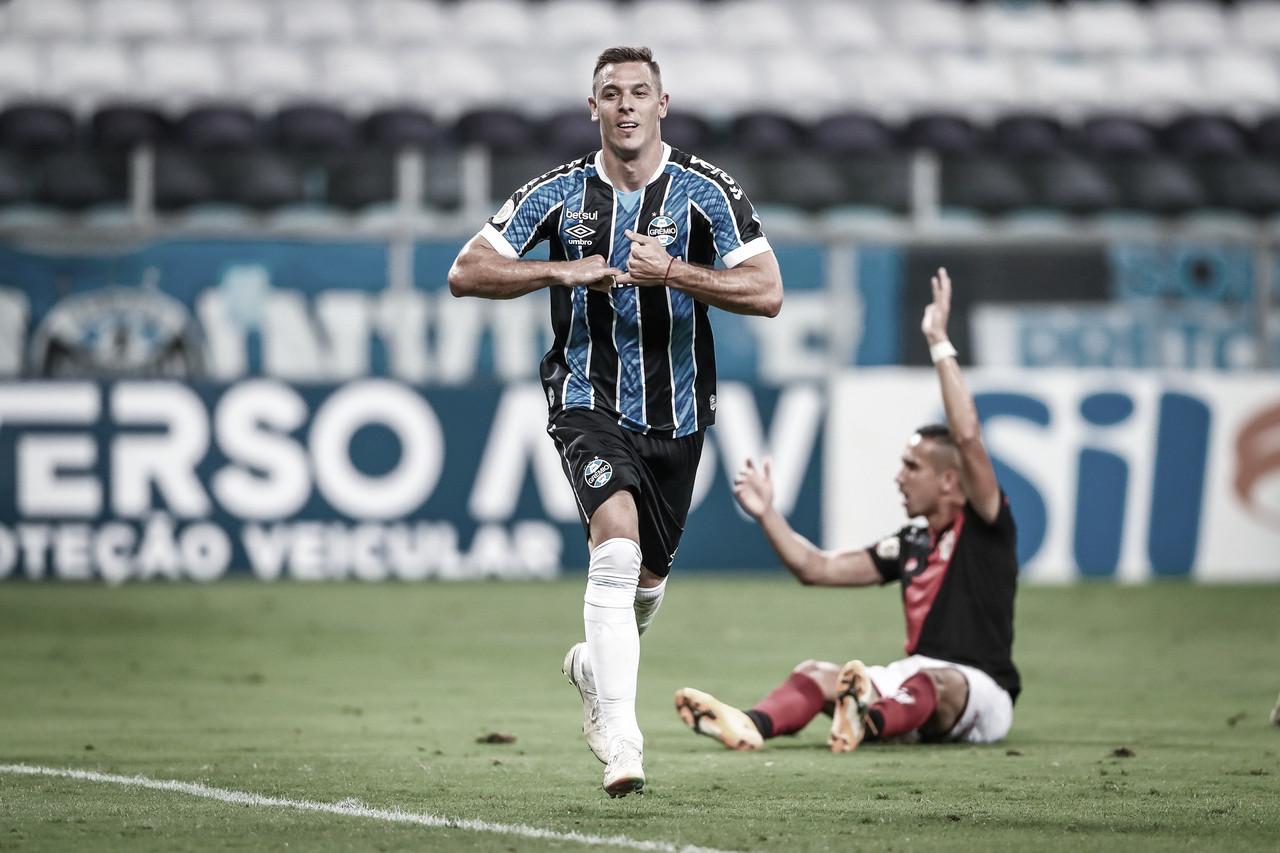 Churín volta a marcar e Grêmio vence Atlético-GO em casa