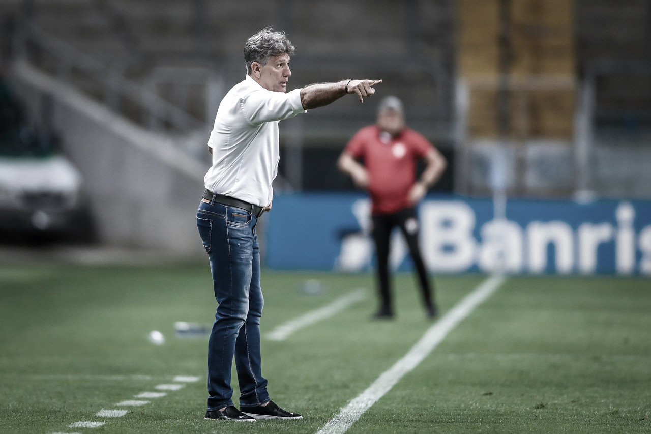 Renato Portaluppi elogia atuação do Grêmio com vários reservas contra Atlético-GO