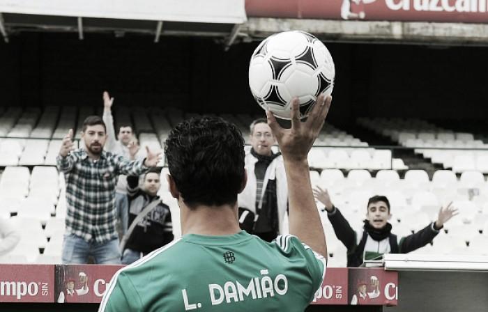 Sem marcar gols, Leandro Damião anuncia saída do Real Betis e retorna ao Santos