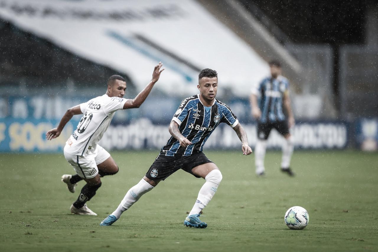 Em busca da primeira vitória, Grêmio encara Santos na Arena