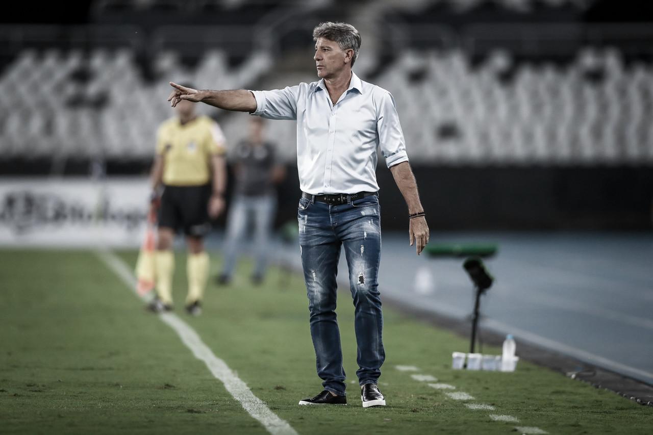 """Mesmo com goleada e fim de má fase, Renato Portaluppi alerta: """"Vitórias não vão esconder nossos erros"""""""
