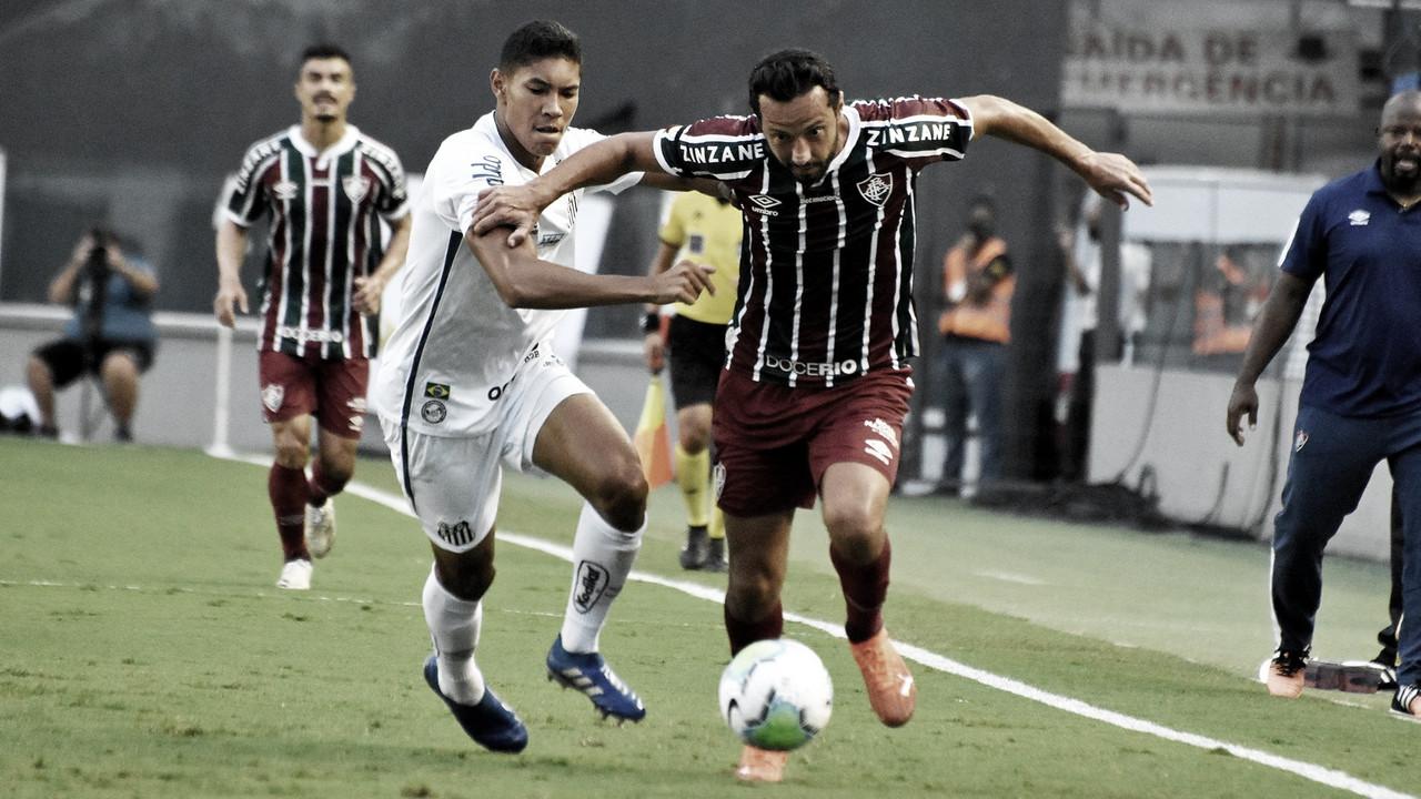 """Nenê critica arbitragem após empate com o Santos: """"Toda hora era falta"""""""