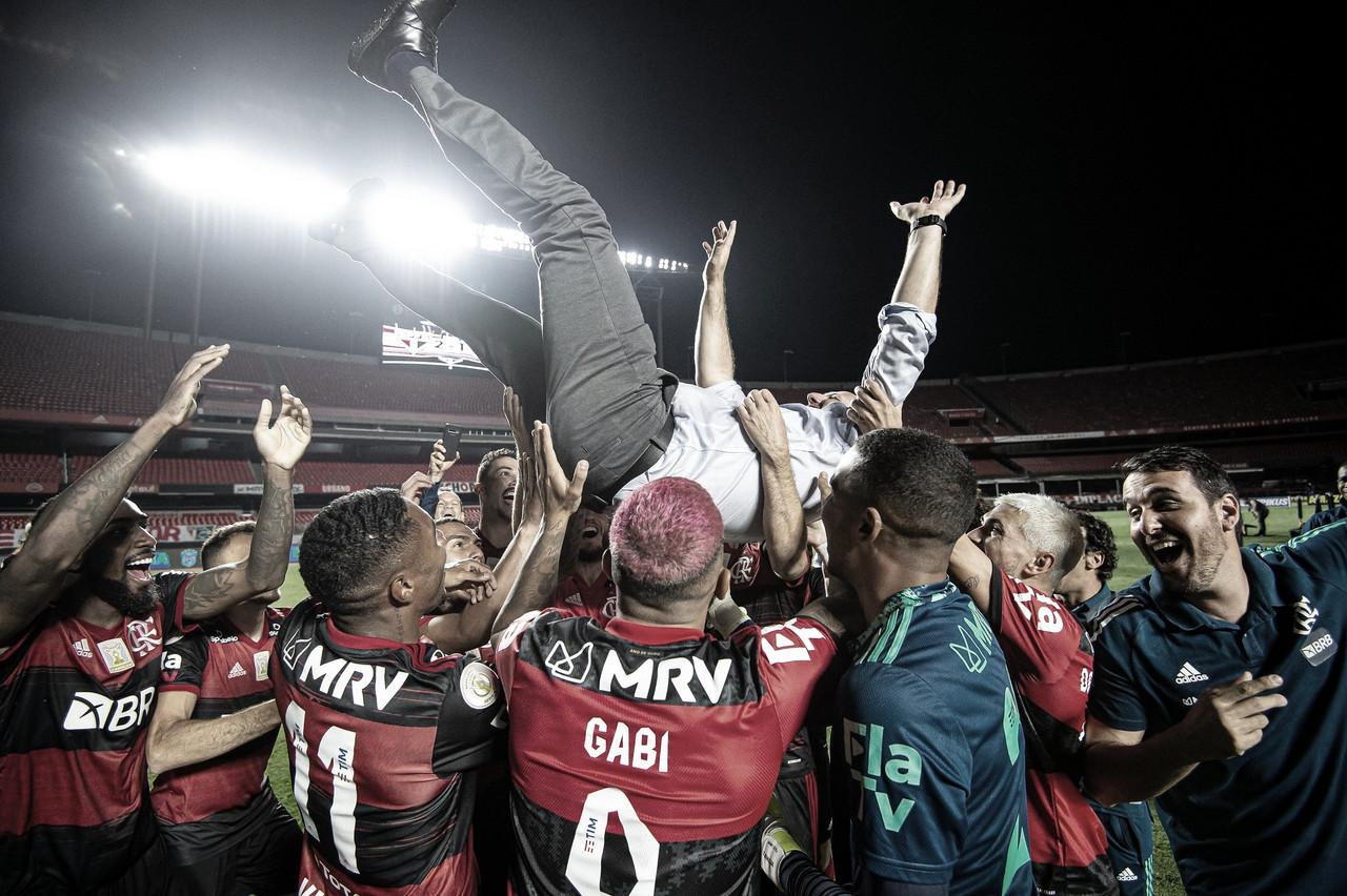 Rogério Ceni cumpre profecia ao dizer que Flamengo seria campeão no Morumbi