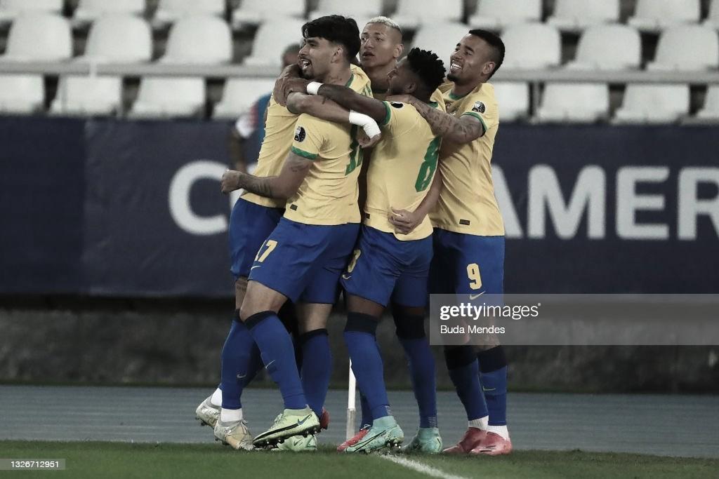 Brasil venció a Chile en un partidazo