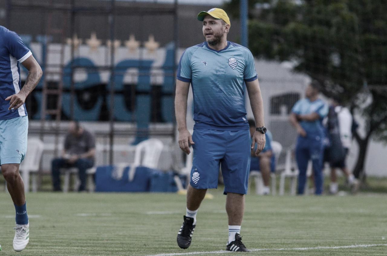 Mozart Santos pede demissão do CSA e irá comandar Chapecoense