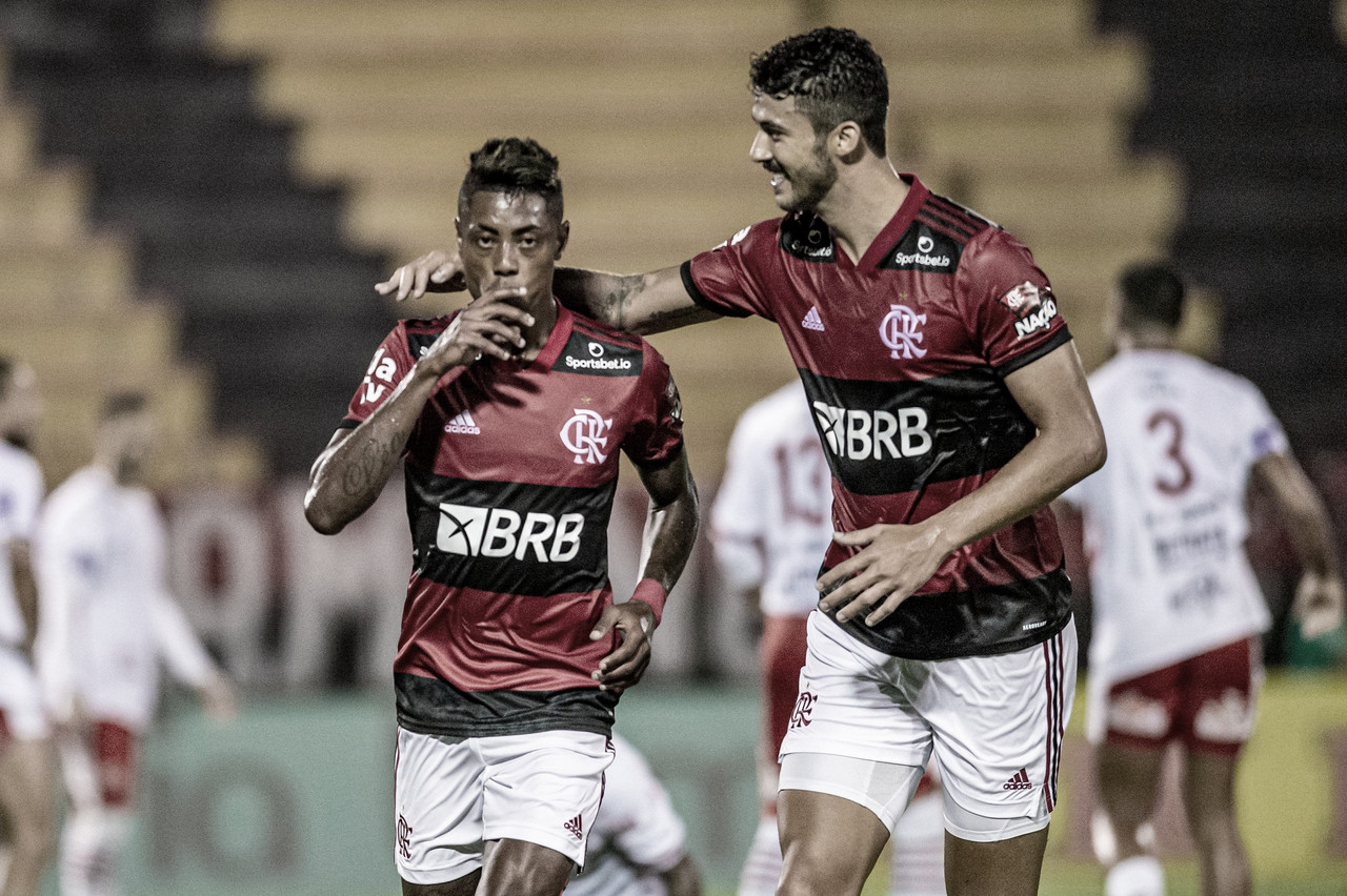 Titulares estreiam, Flamengo tem vitória dominante sobre Bangu e permanece no topo do Carioca
