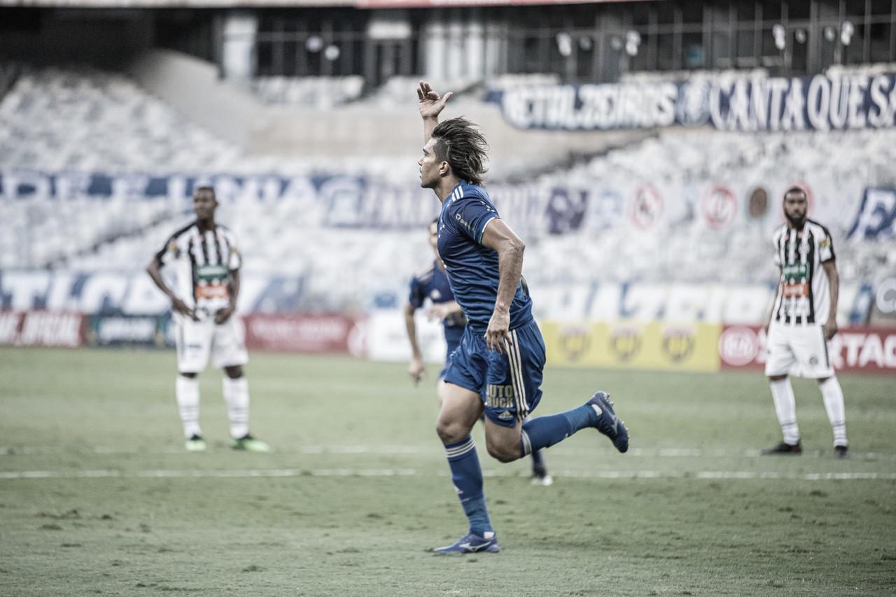 Marcelo Moreno marca, e Cruzeiro derrotaAthletic pelo Mineiro