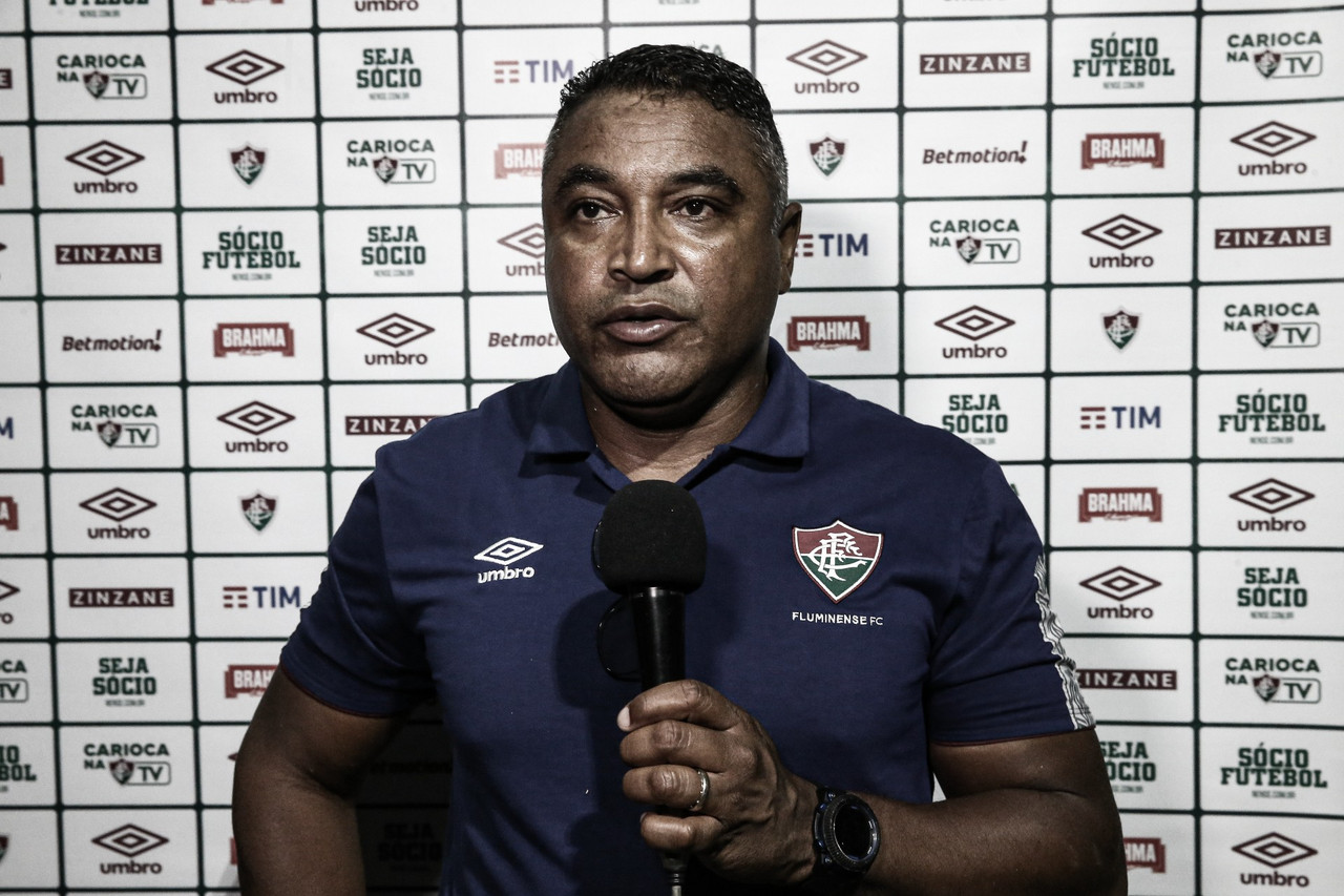 """Roger Machado lamenta derrota do Fluminense no fim: """"Espero que não impacte lá na frente"""""""