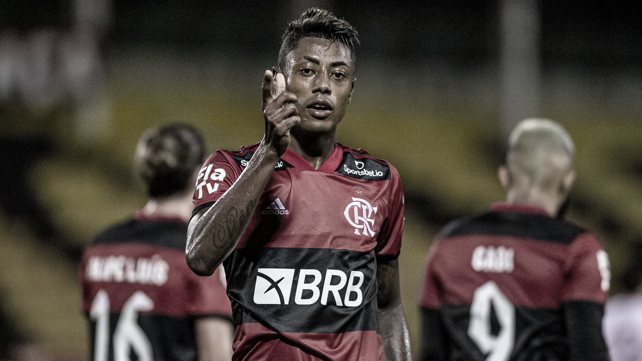 Segura o bombardeio! Flamengo é quem mais chuta certo no Cariocão 2021